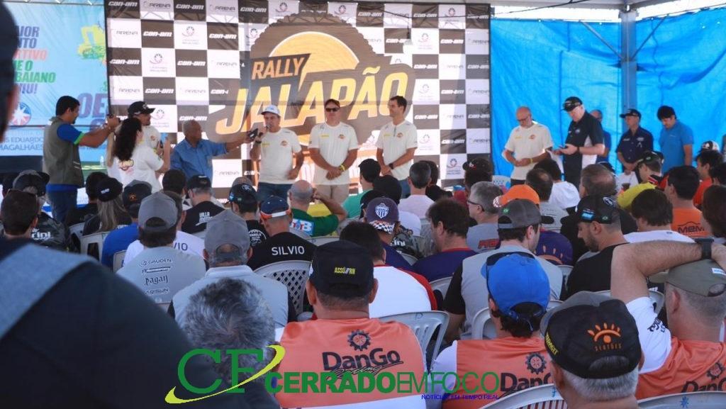 LEM: Equipes e pilotos recebem orientações sobre o Rally Jalapão que acontece em Luís Eduardo Magalhães