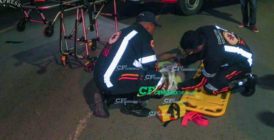 LEM: Queda de moto deixa homem ferido.