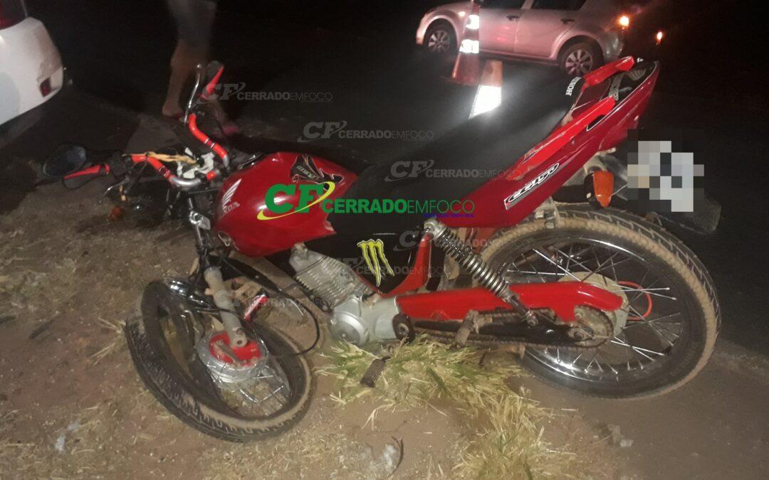 LEM: Motociclista colide contra veículo e fica ferido na BR-242.
