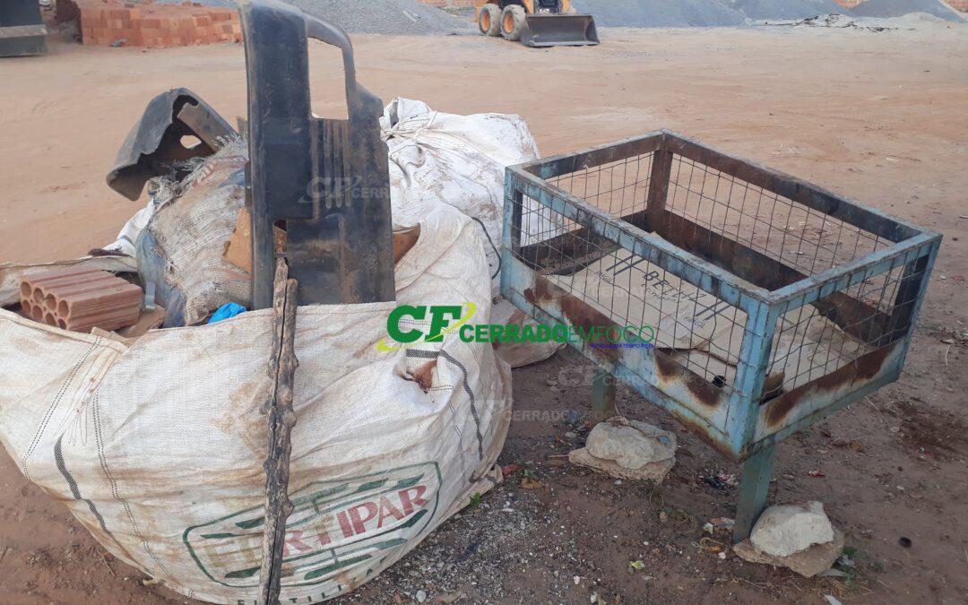 LEM: Moradores do bairro Jardim das Acácias reclamam da coleta de lixo.