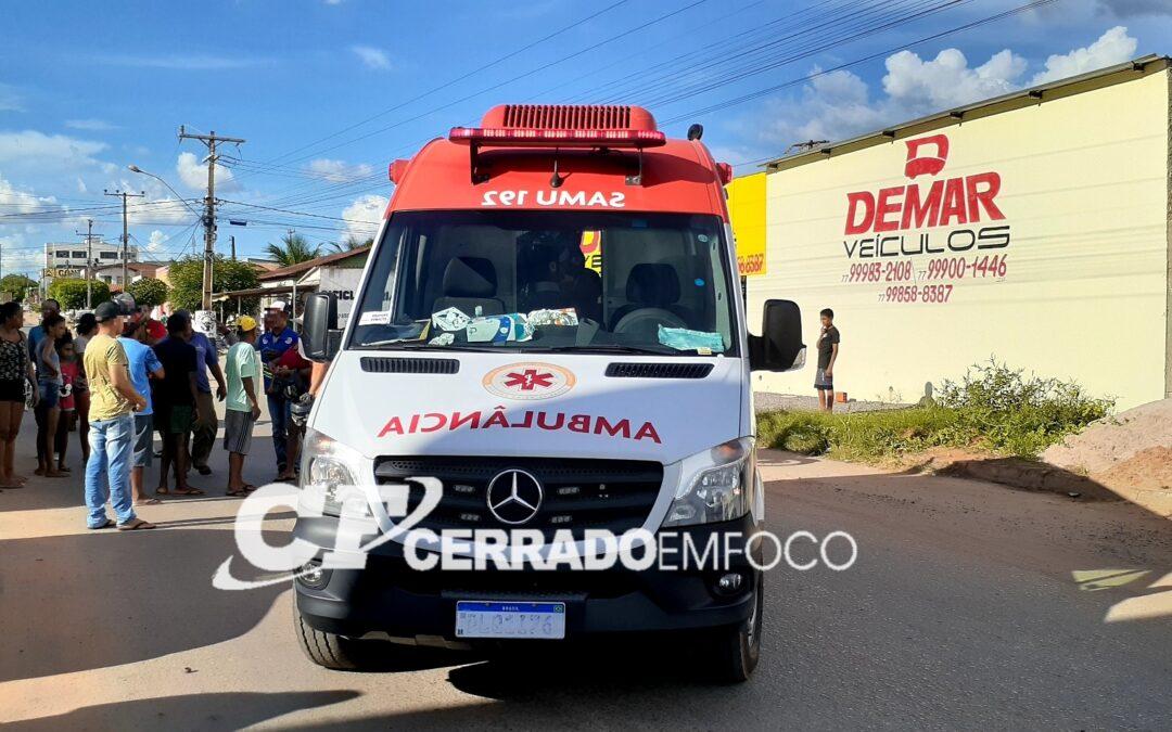 LEM: Pedestre e motociclista ficam feridos após colisão no bairro Santa Cruz