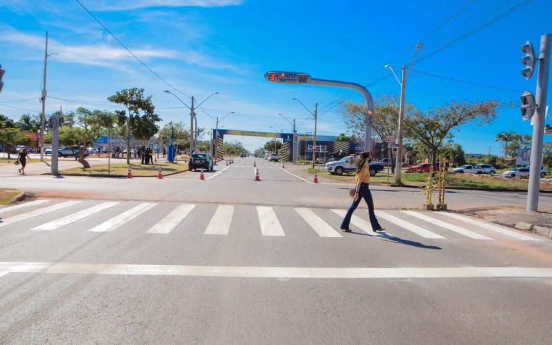 LEM: 1º etapa da Nova JK está concluída com abertura dos retornos e funcionamento dos semáforos.